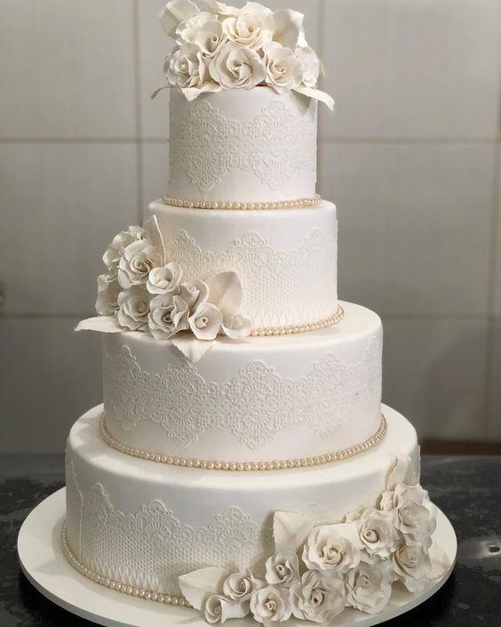 bolo branco casamento renda