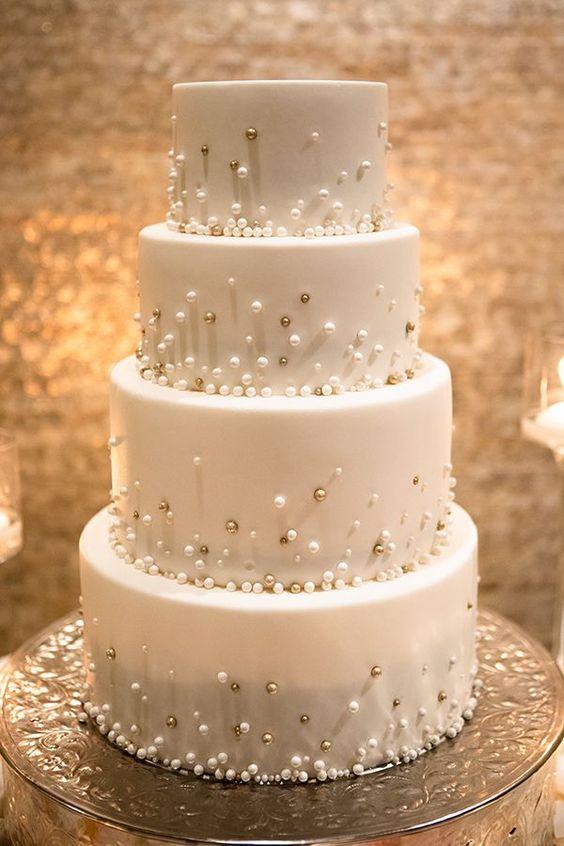 bolo branco casamento simples