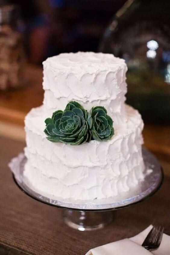 bolo branco chantilly casamento