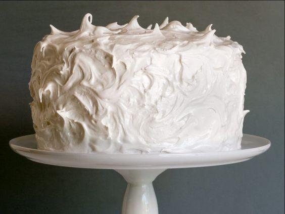 bolo branco chantilly