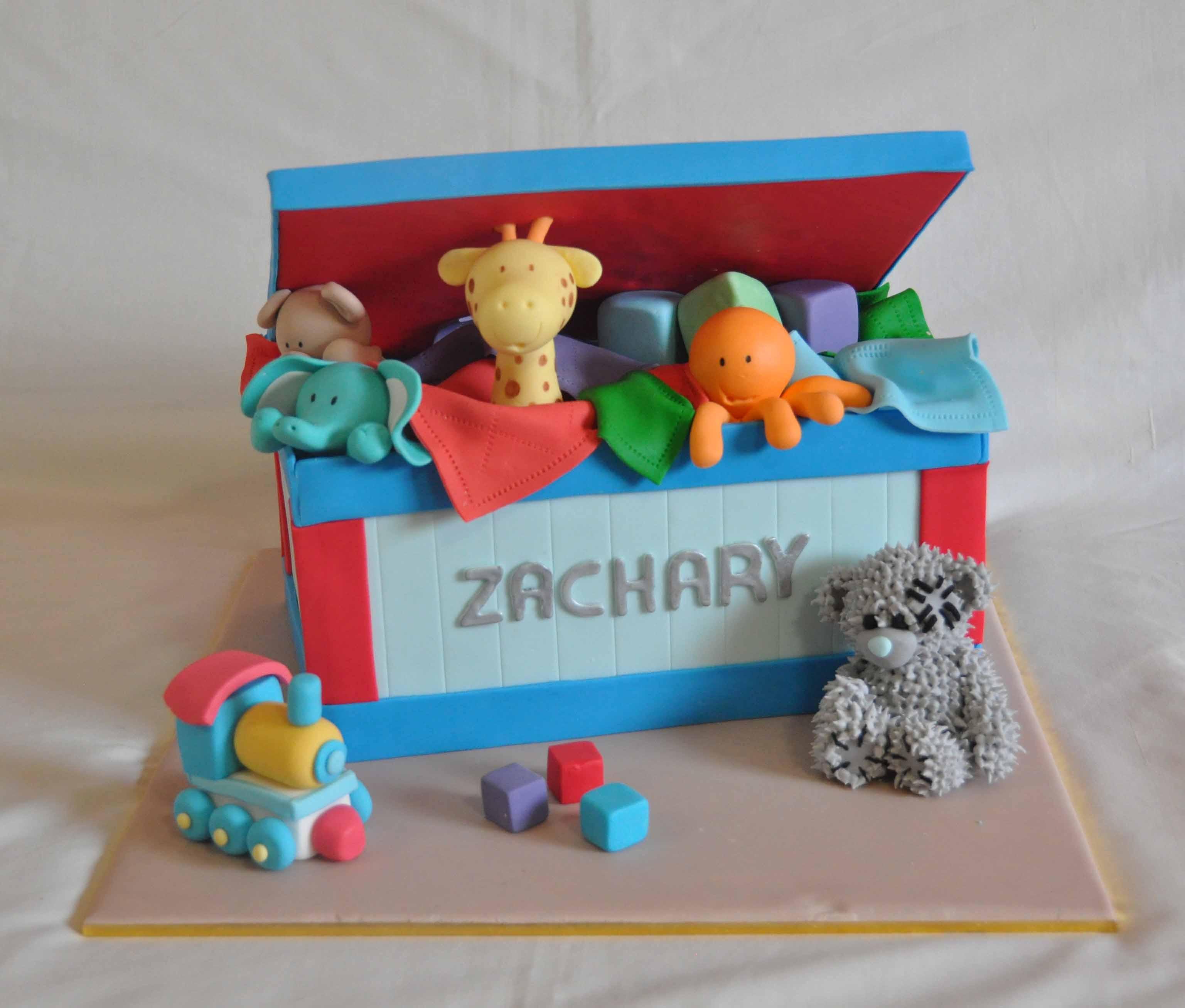 bolo caixa brinquedos