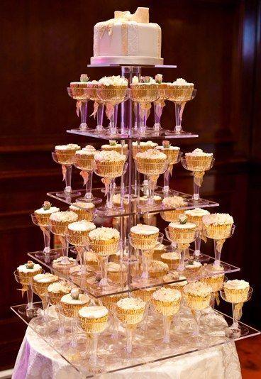 Inspirações para um casamento moderno: bolo dos noivos 4