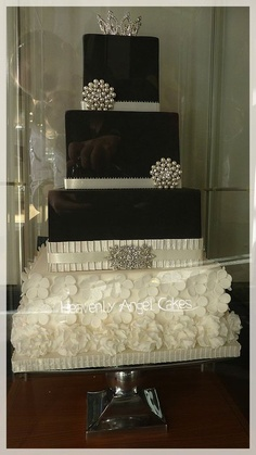 bolo casamento quadrado preto prata