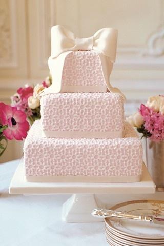 bolo casamento quadrado rosa