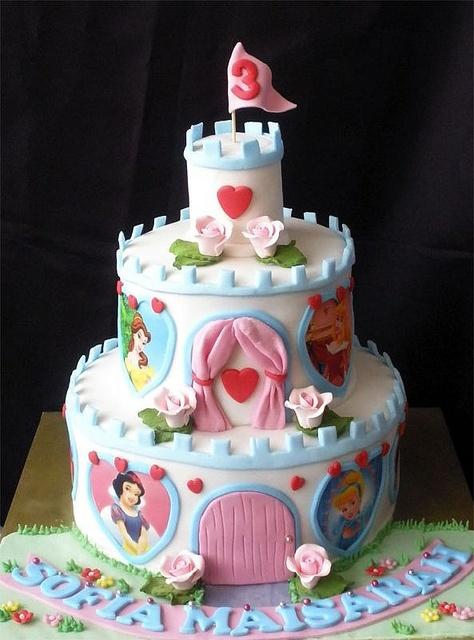 bolo castelo princesa decorado