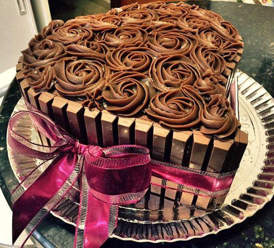 bolo coracao chocolate