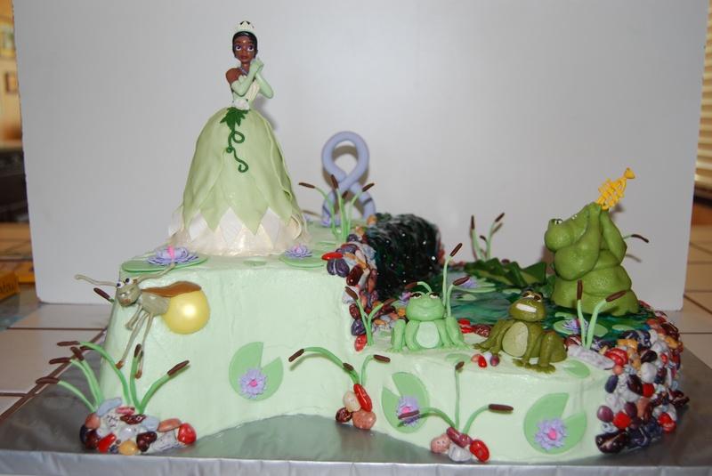bolo da princesa e do sapo