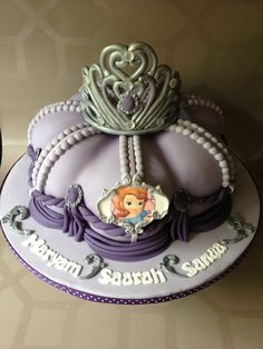 bolo da princesa sofia coroa
