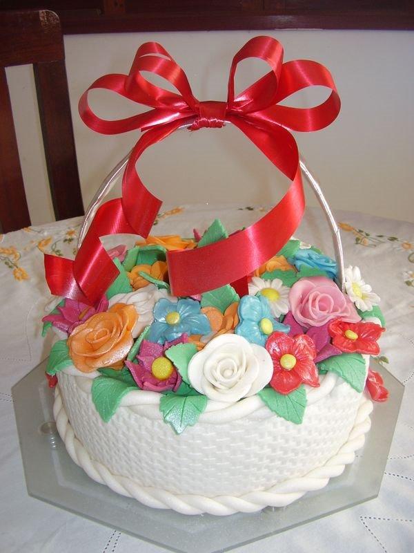 bolo de cesta com alça