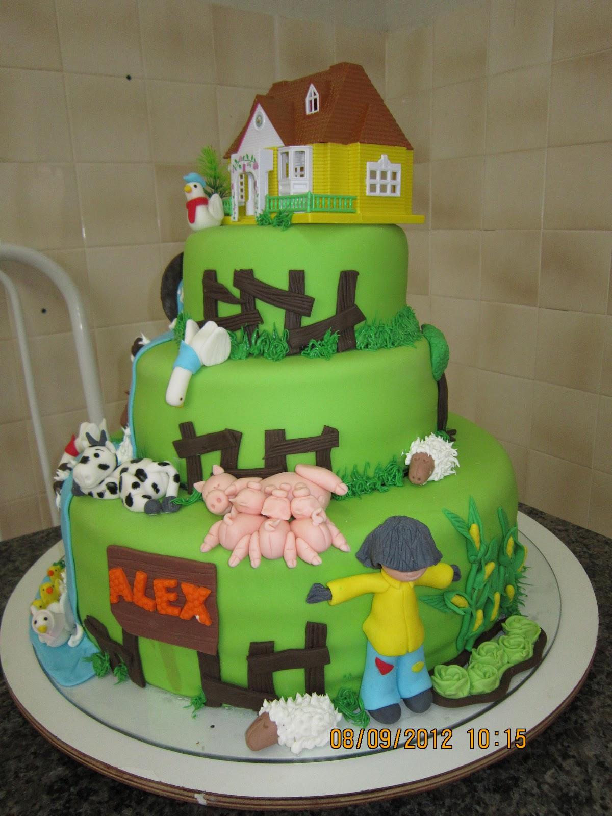 bolo decoraçao fazendinha