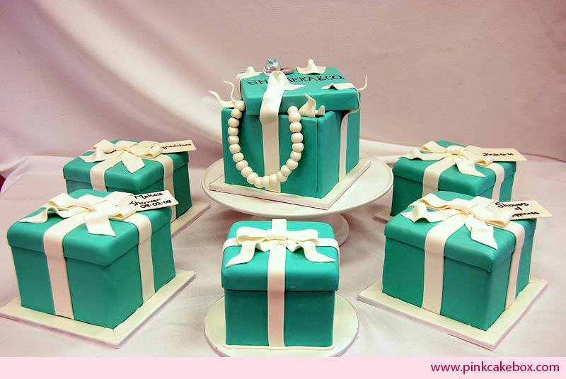 bolo decorada caixa