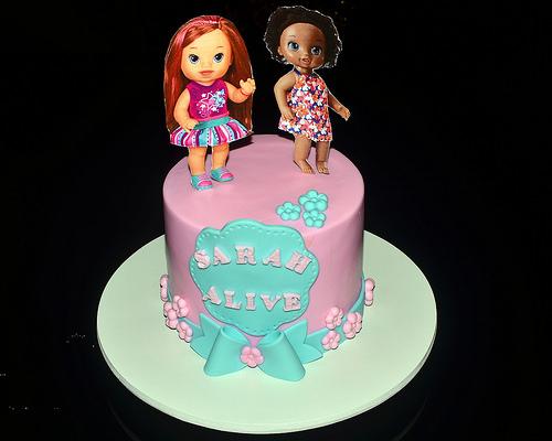 bolo decorado baby alive 3