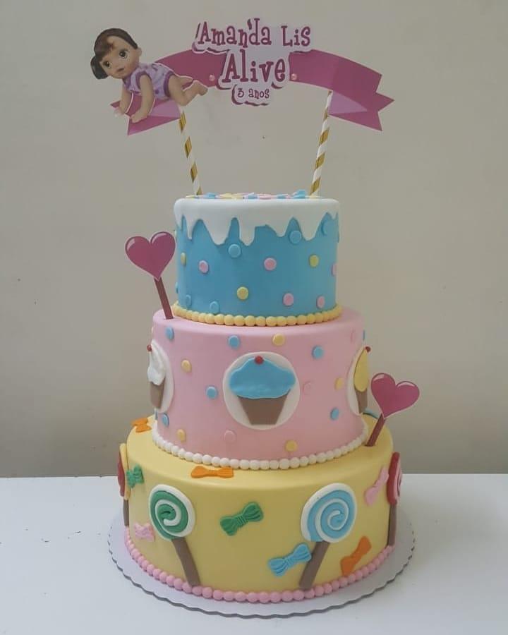 bolo decorado baby alive 4