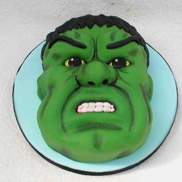 bolo decorado cara hulk