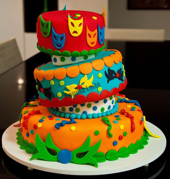 bolo decorado carnaval 10