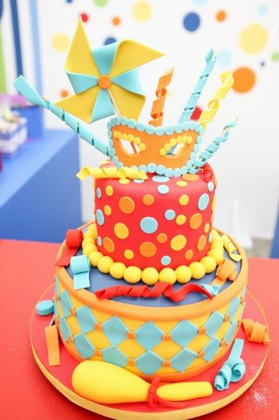 bolo decorado carnaval 2