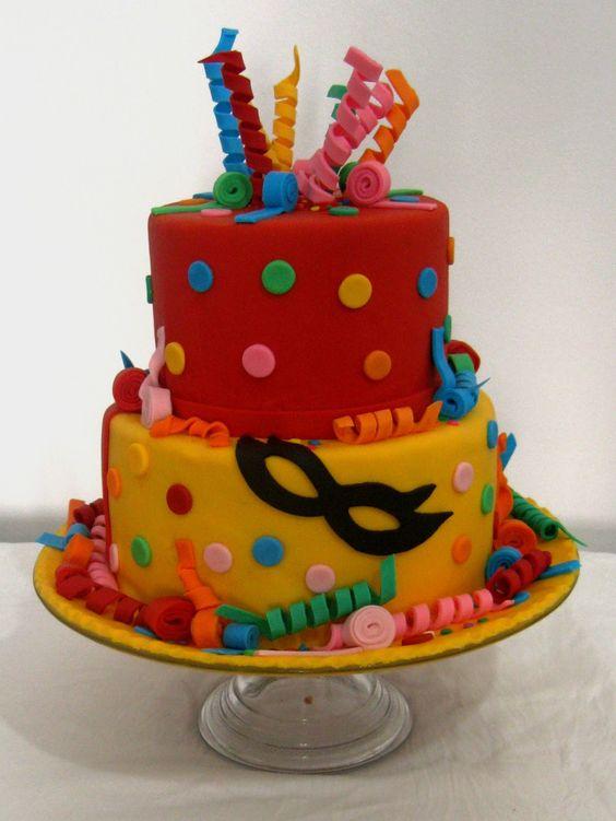 bolo decorado carnaval