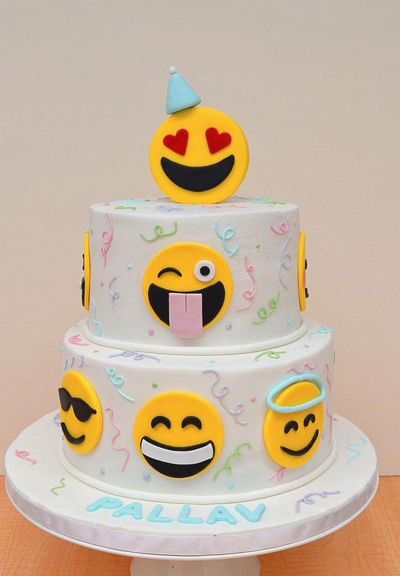 bolo decorado emoji 10