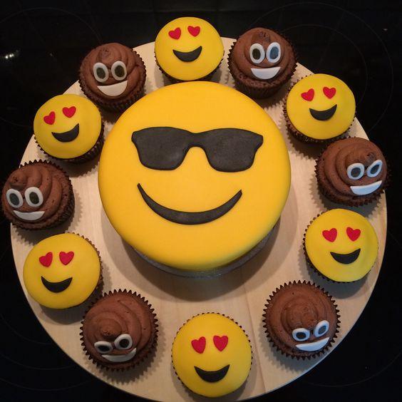 bolo decorado emoji 7