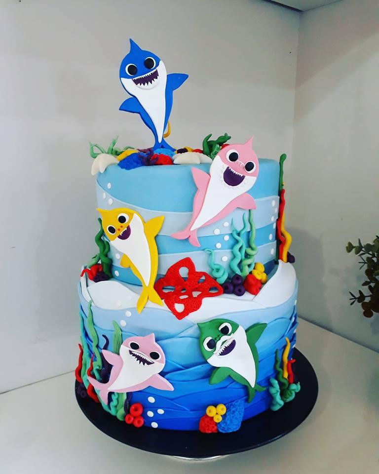 bolo decorado festa baby shark 5