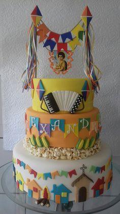 bolo decorado festa junina ideia
