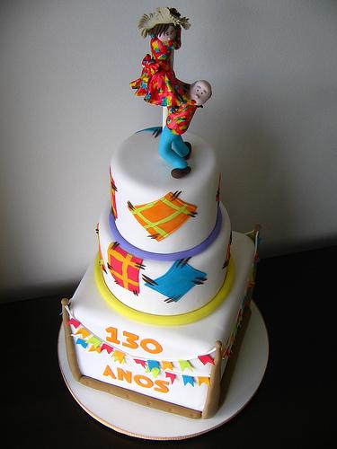 bolo decorado festa junina