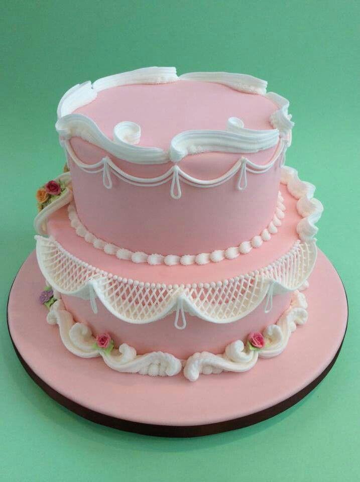 bolo decorado glace rosa
