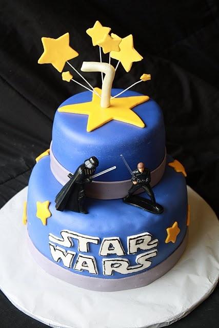 bolo decorado guerra estrelas