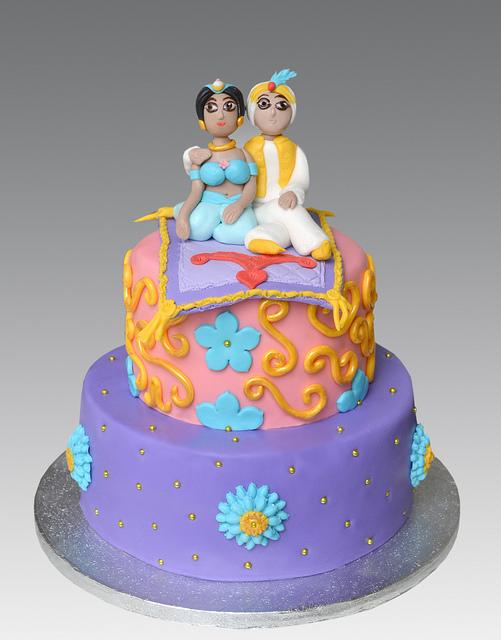bolo decorado jasmine e aladino