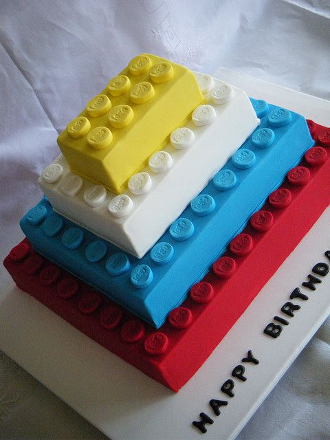 bolo decorado lego