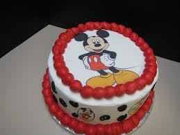 bolo decorado mickey redondo