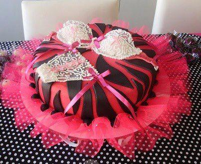 bolo decorado mulher