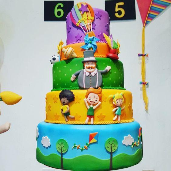 bolo decorado mundo bita 2