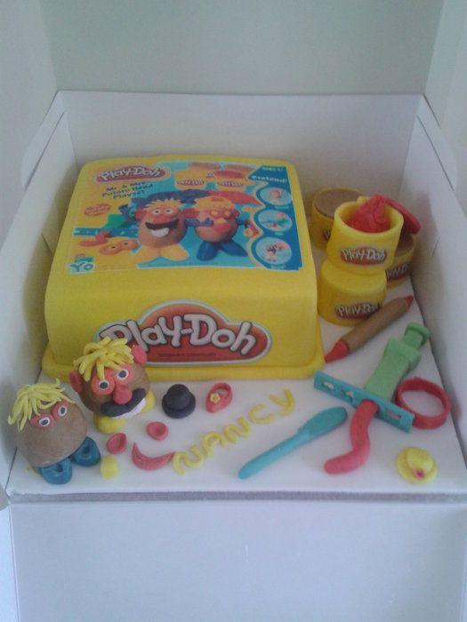 bolo decorado play doh