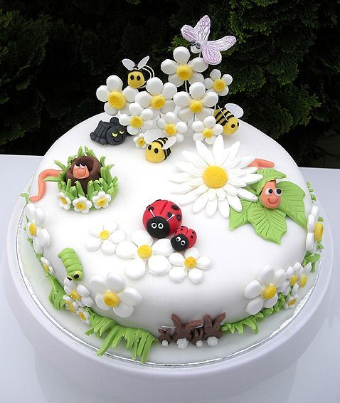 bolo decorado primavera joaninhas