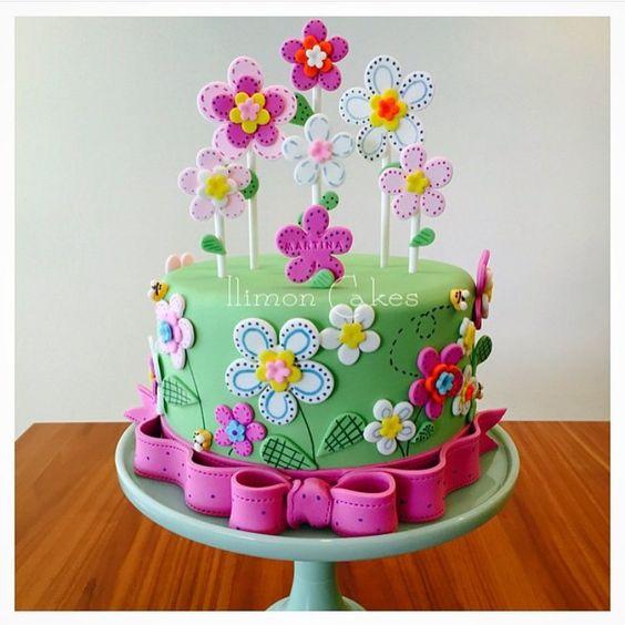 bolo decorado primavera pirulito