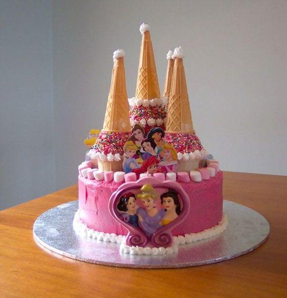 bolo decorado princesas diferente