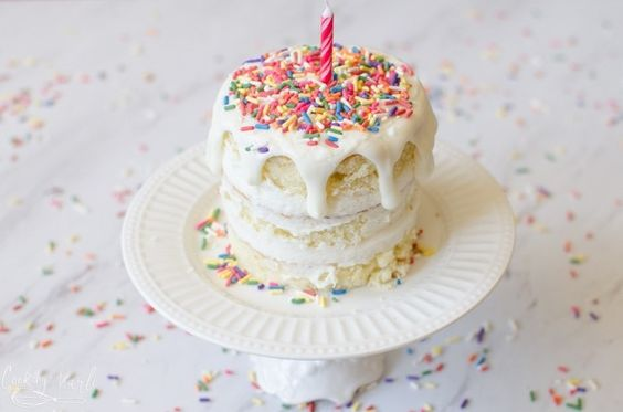 bolo decorado smash cake