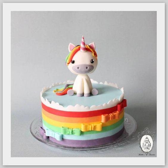 bolo decorado unicornio 8