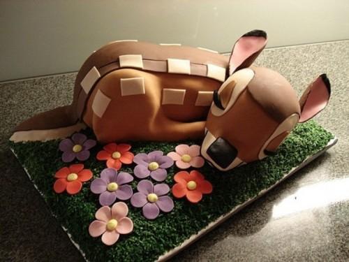 bolo do bambi decorado