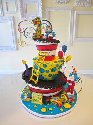 bolo dr seuss decorado