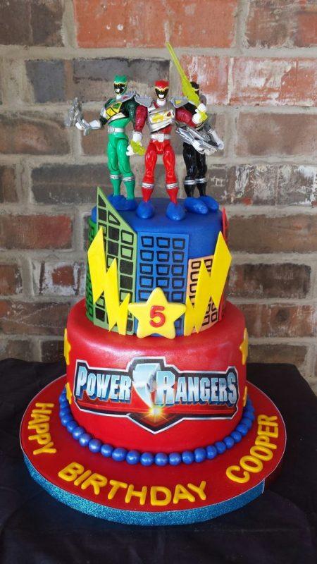 bolo festa Power Rangers pasta america