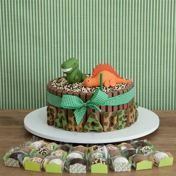bolo festa dinossauro 3