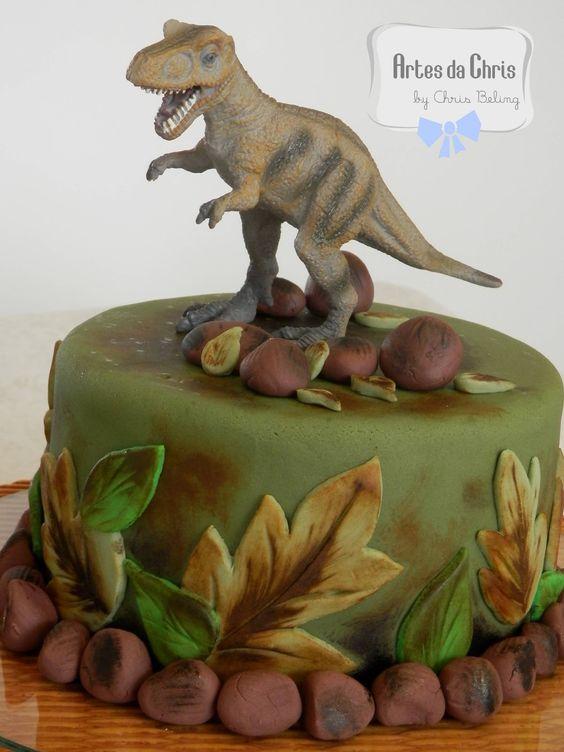 bolo festa dinossauro 4