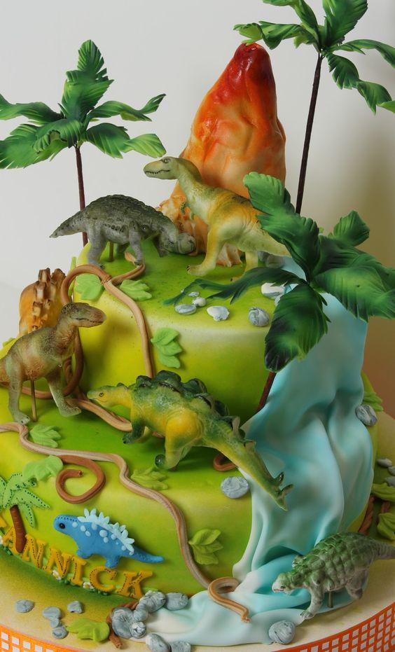 bolo festa dinossauro 5