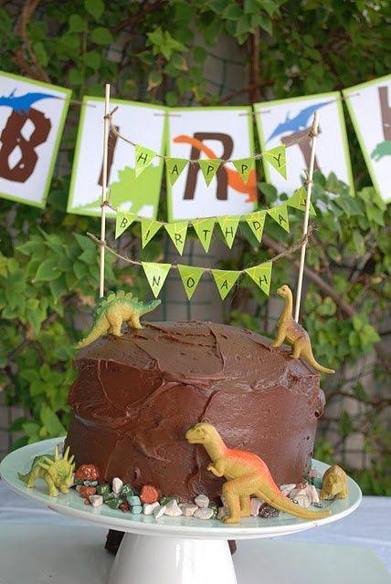 bolo festa dinossauro 7