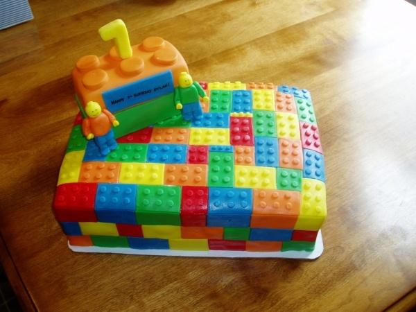 bolo infantil lego