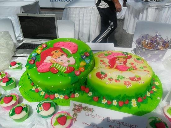 bolo infantil moranguinho