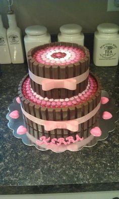 bolo kit kat dois andares