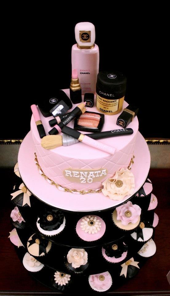 bolo maquiagem mulher